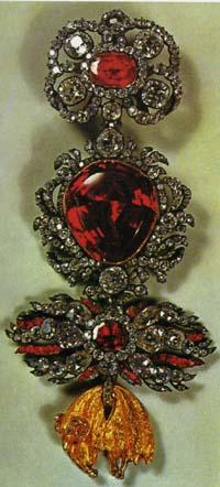 ダイヤとルビーの金羊毛勲章
