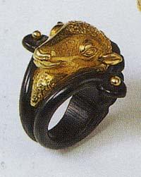 羊モチーフの指輪